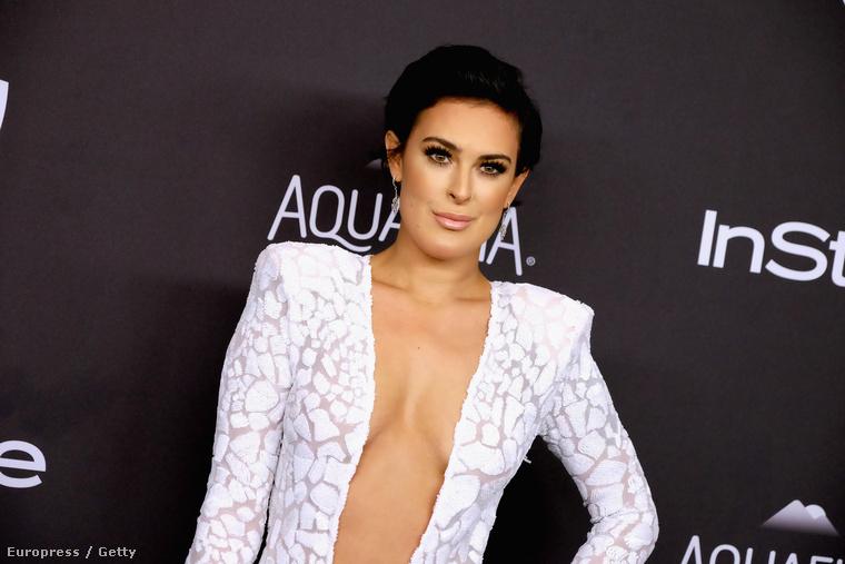 Rumer Willis arca olykor azt sugallja, mintha a Kardashianek közé tartozna, pedig nem is