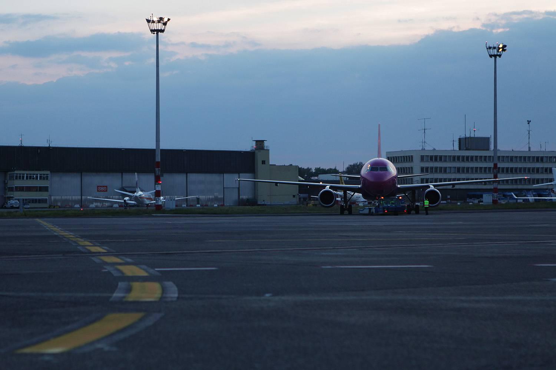80f17d992788 Félúton fordult vissza egy Wizz Air gép Budapestre