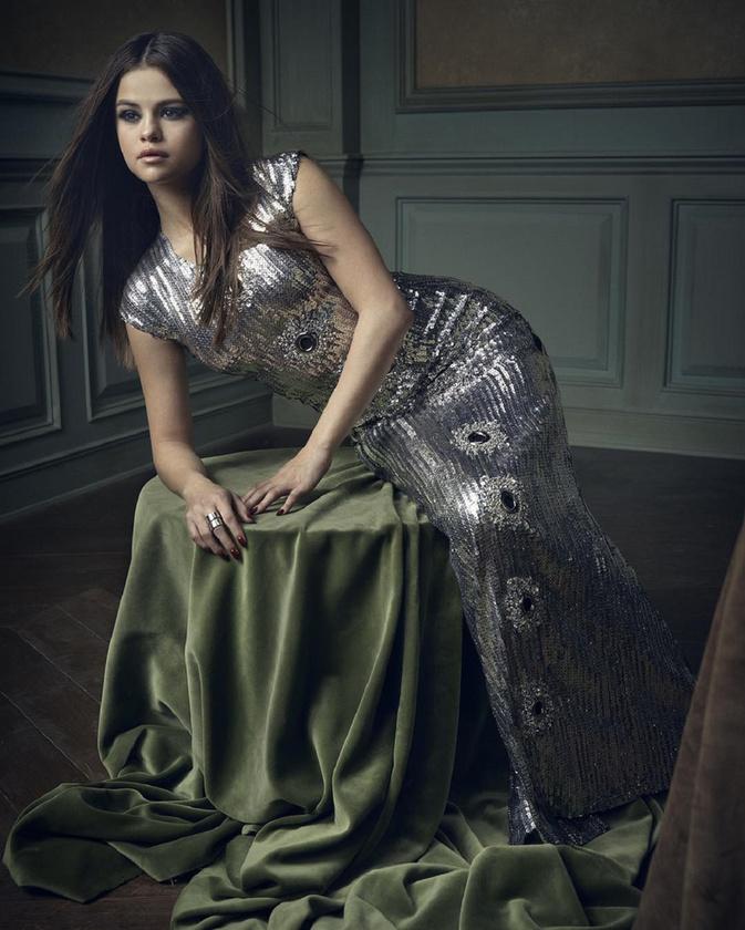 Selena GomezMetálban