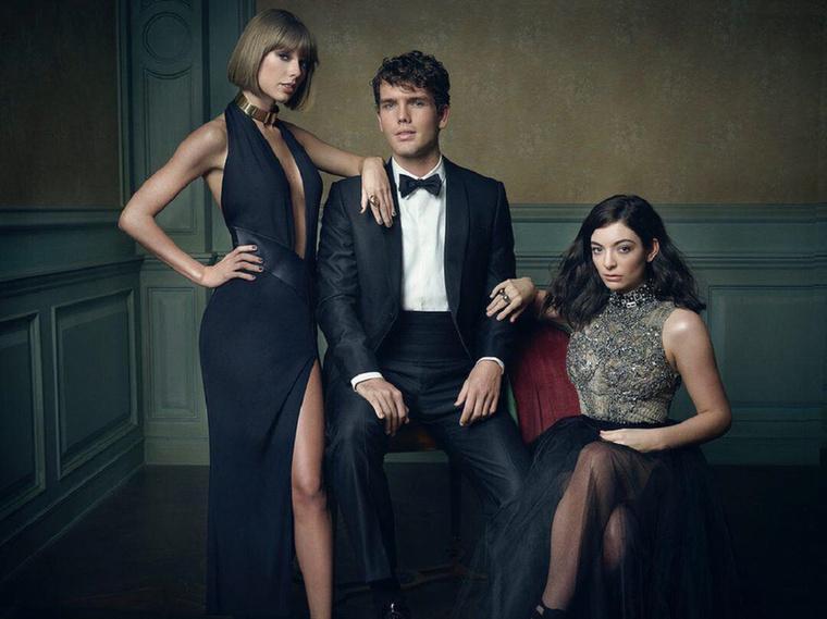 Két Swift és LordeIgen, ez a jóképű fiú Swift mellett a 23 éves öccse, Austin Swift