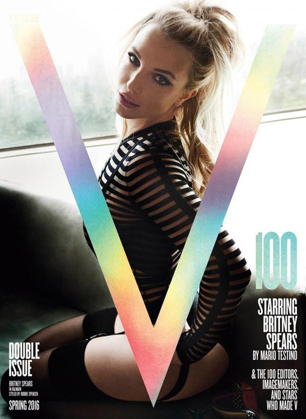De nehogy megfelelő mennyiségű szexi kép nélkül maradjanak, íme a V magazin címlapja, amelyből többfélét is kapott, de mindegyik képet Mario Testino készítette