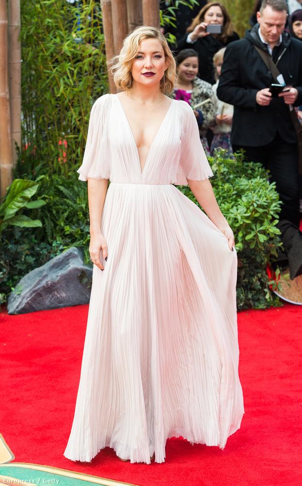 Kate Hudson a Kung Fu Panda 3 londoni premierjén egyszerű volt és nagyszerű.