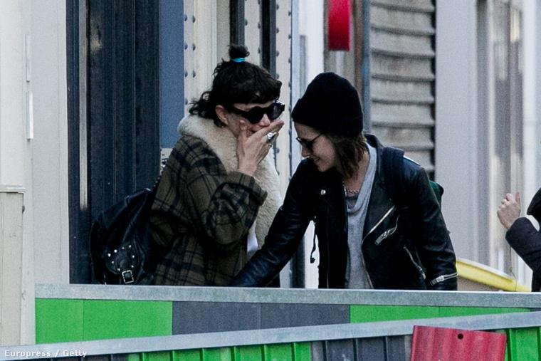 de most már készséggel elhisszük, hiszen Párizsban rengeteg kedves, közös kép készült róluk.