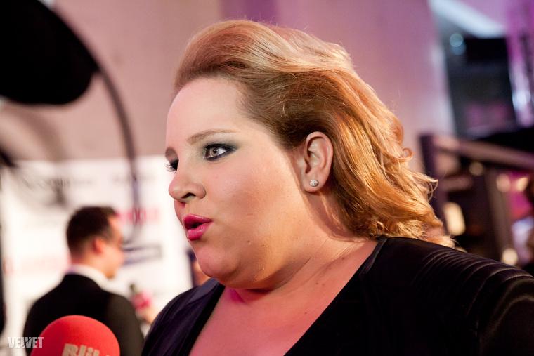 Tóth Vera is ott volt, bár végül nem ő kapta a legjobb énekesnőnek járó díjat