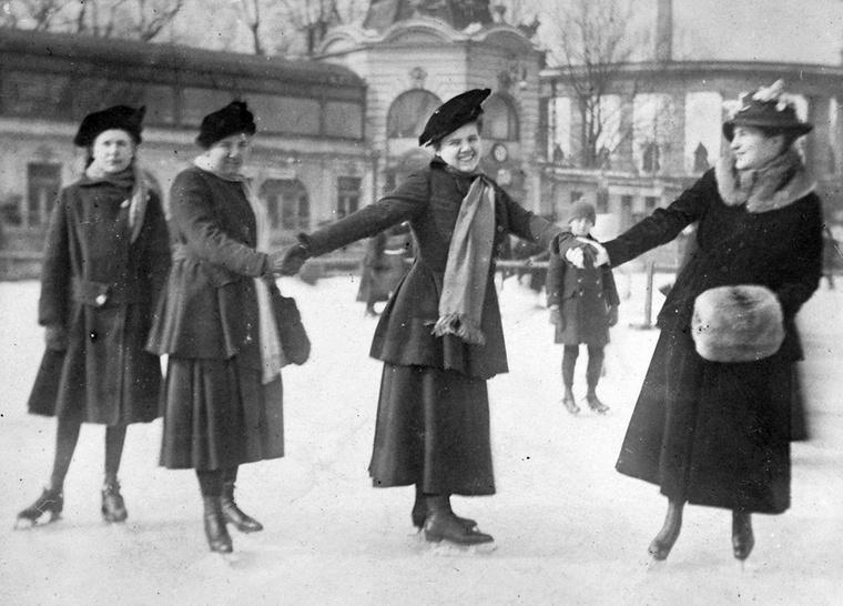 Az 1910-es évek divatja.