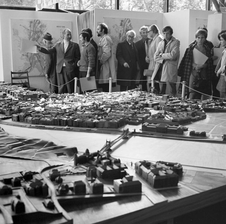 1973-ban volt 100 éve, hogy egyesítették Óbudát, Budát és Pestet