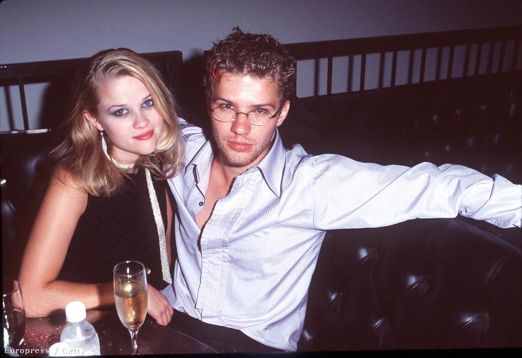 1998:  Szexi smink, értelmetlen sál.