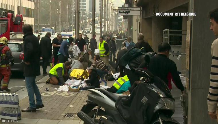 Nagy Zoltán, Magyarország brüsszeli nagykövete azt mondta, nincs magyar halálos áldozat, ketten (egyikük a követségen dolgozik) azonban a metrós támadásban megsérültek
