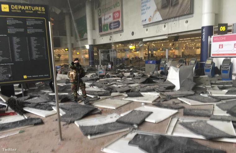 A merényletben a belga egészségügyi minisztérium szerint 11-en haltak meg, a sérültek számát legutóbbi nyilatkozatukban 81 főre tették.