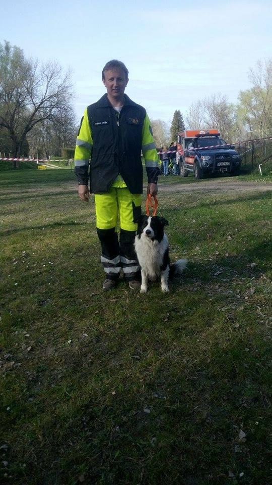 A Pest Megyei Kutató-Mentő Szolgálat, a Hajdú Speciális Kutató-Mentő Egyesület és a Pécsi Tűzoltó és Kutató-Mentő Egyesület mentőkutyáinak és gazdáiknak szlovén bíró előtt kellett megmutatniuk mire képesek.