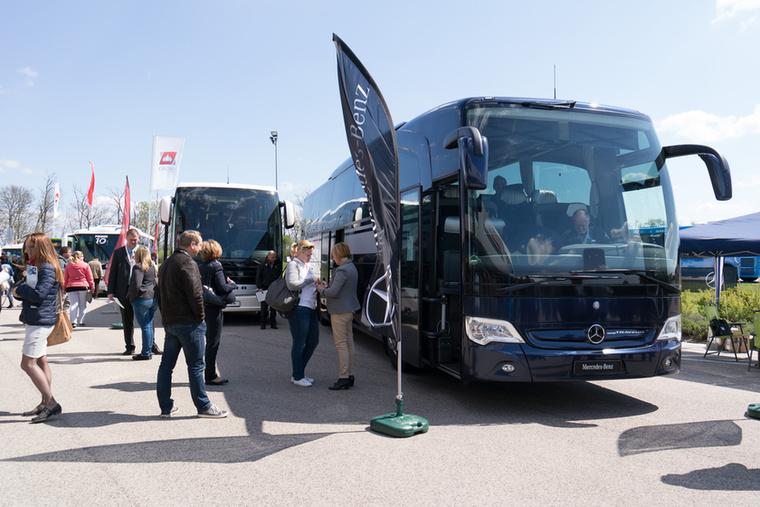 A turista buszoknál valamivel jobban érvényesülnek a piaci szempontok, de ez a piac kicsi, a vállalkozók, cégek sok esetben inkább használt járműveket vesznek