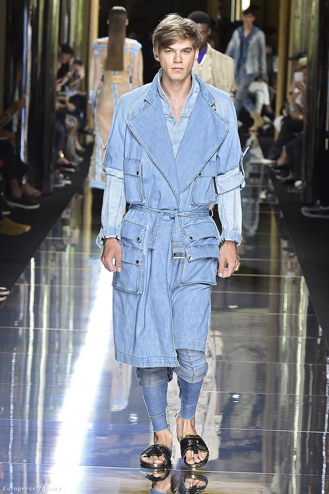 Zahorán Bertold pedig a Balmain Homme bemutatóján viselt egy sokzsebes szerkót.