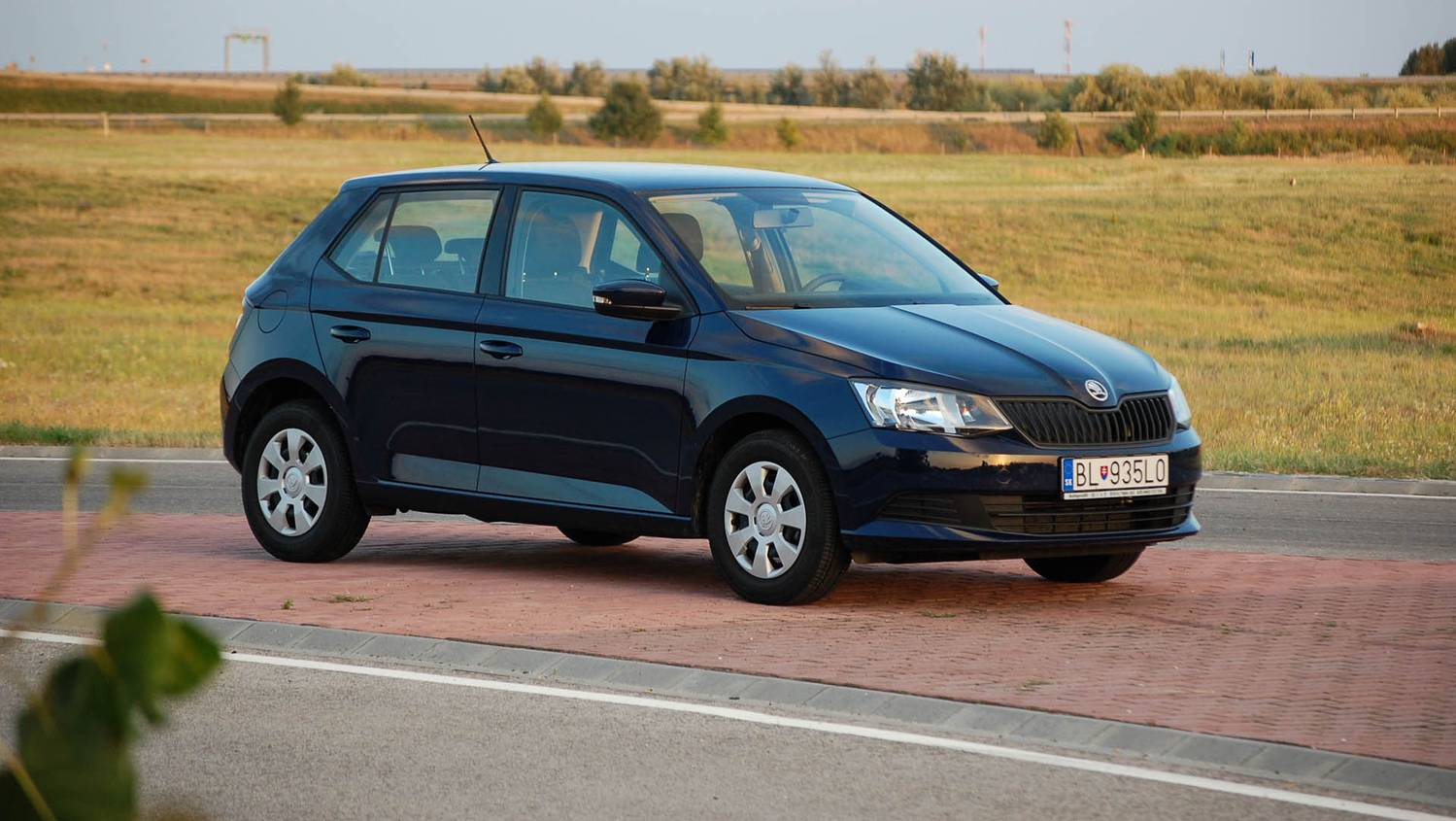 totalcar tesztek skoda fabia 1 2 tsi active. Black Bedroom Furniture Sets. Home Design Ideas