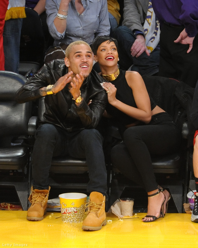 Miután feloldották a távolságtartási végzést, Rihanna újra összejött Chris Brownnal.