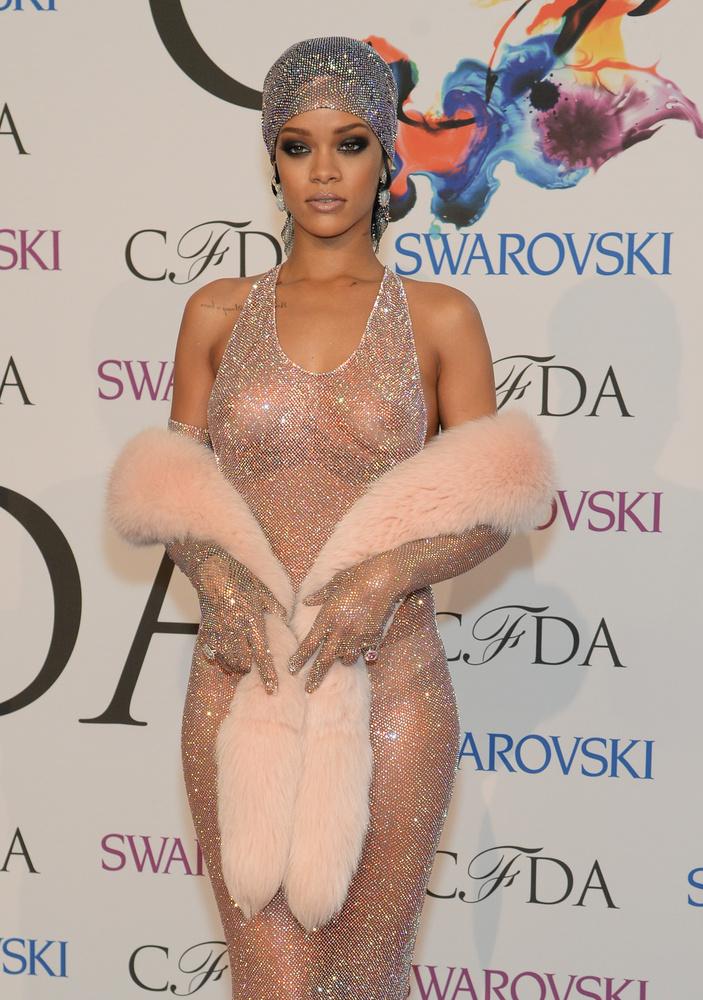 Tökéletes példa erre a 2014-es CFDA Awards, ahova fel is öltözött, meg nem is.