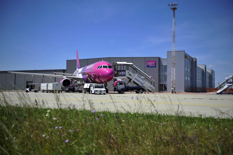 d93c52e0c921 Sirálycsapat ütközött egy felszálló Wizz Air gépbe