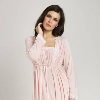 Te miben alszol  Hálóingben vagy pizsamában  Ezt árulja el a  személyiségedről! - Nő és férfi  c381079040