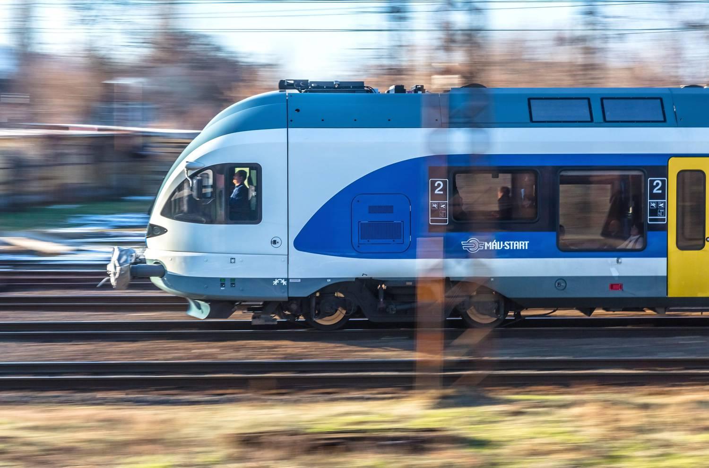 Vonat sebesség magyarország