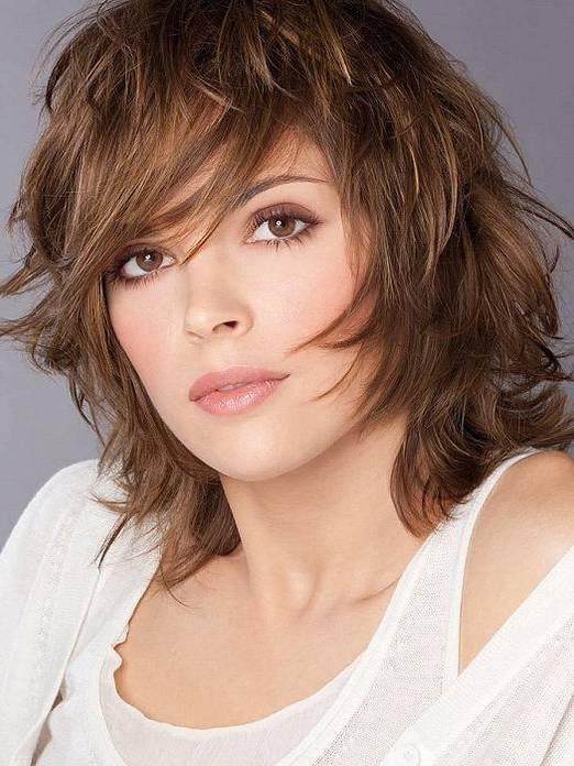 Kerek arcú nőknek ezek a frizurák állnak a legjobban - Félhosszú és hosszú  hajból - Szépség és divat  6557b73e11