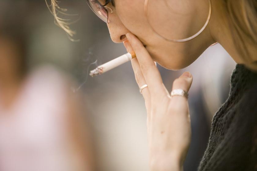 Fájdalom a dohányzás után a mell alatt. Ezt kell tudni a szíveredetű fájdalomról