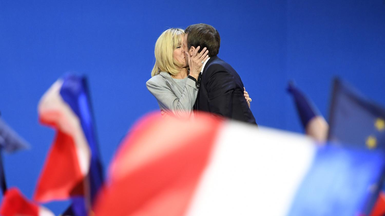 keres nőt a házasság franciaországban a fényképek és a telefon)