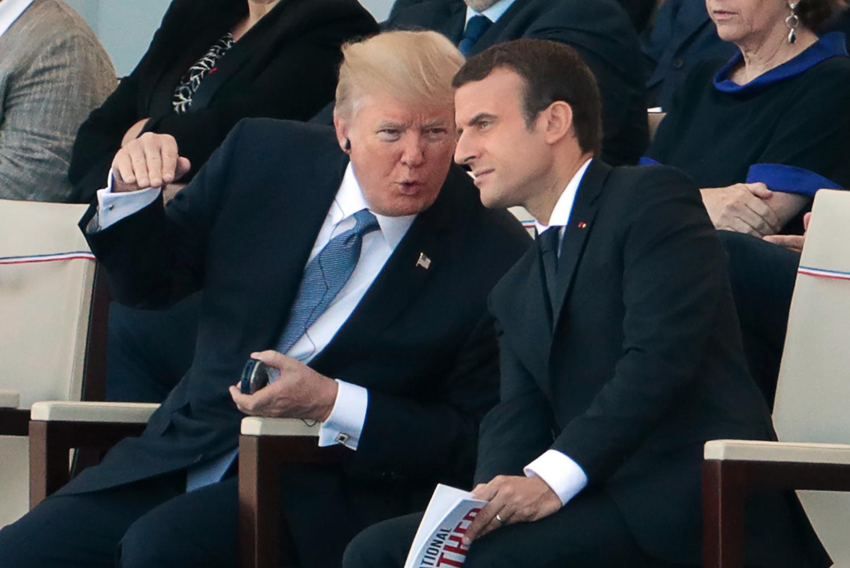 Index Külföld Trump Ezúttal A Francia Elnökné Külsejére Tett