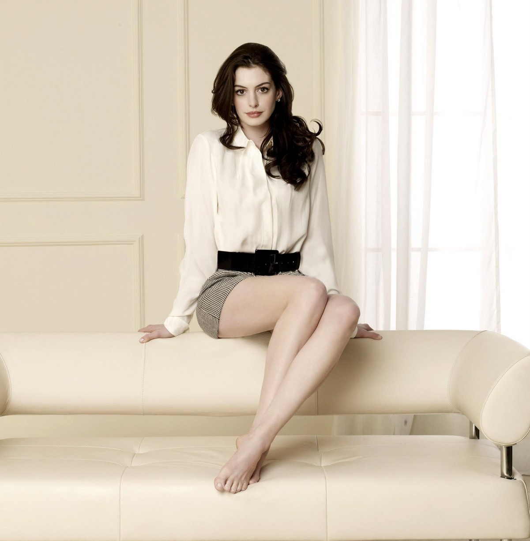 Anne Hathaway lehet Barbie
