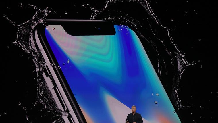Itt az iPhone X és a 8