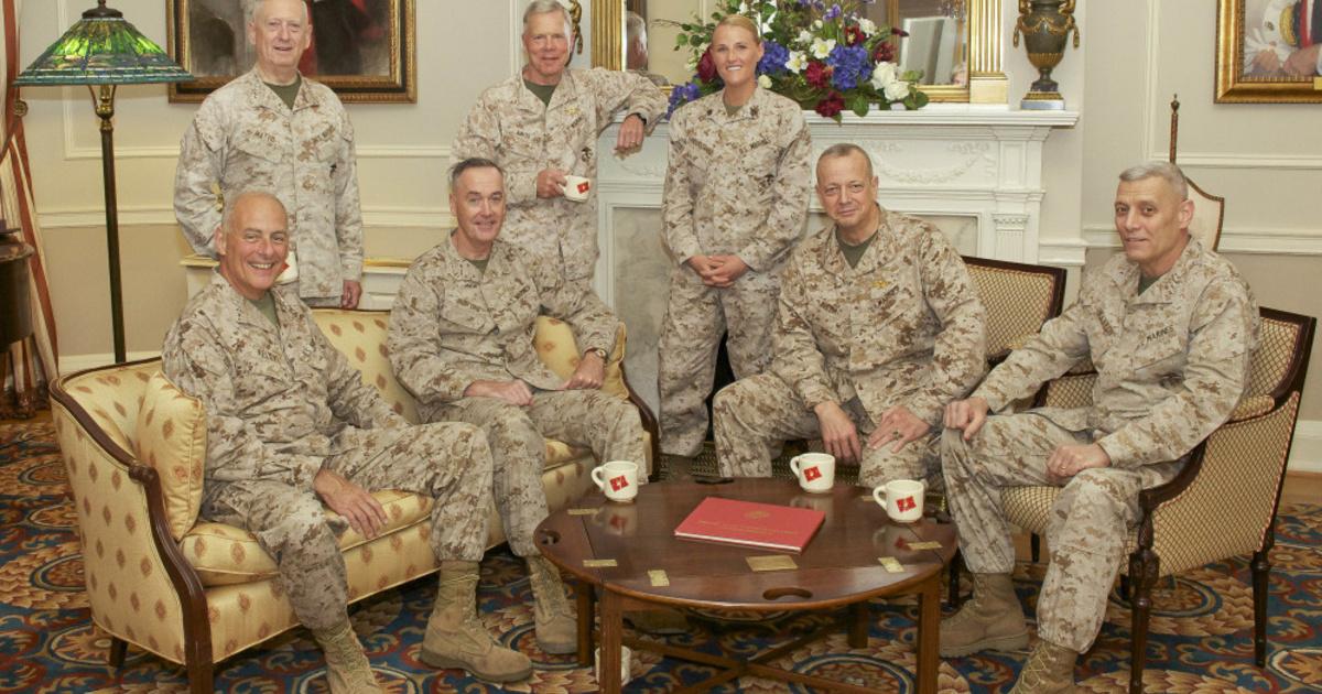 Tábornokok vették át a hatalmat a Fehér Ház felett