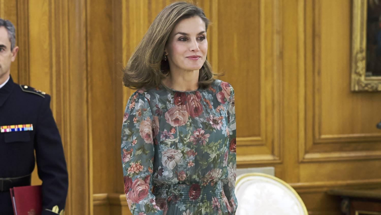 Dívány - Offline - Szerezd be Letícia királyné 15 ezres Zara ruháját! a3ea1dc498