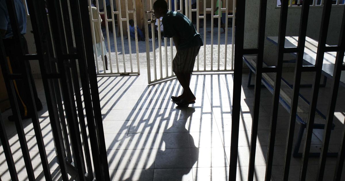 A feketéket hosszabb időre büntetik Amerikában, mint a fehéreket