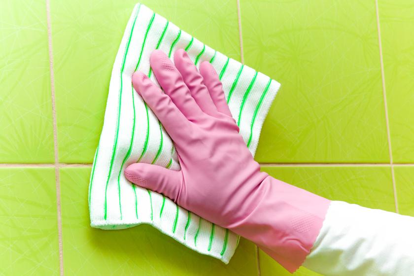 Vízköves csempe tisztítása
