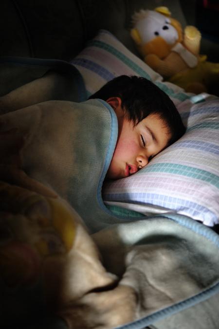 aludni dohányzásról