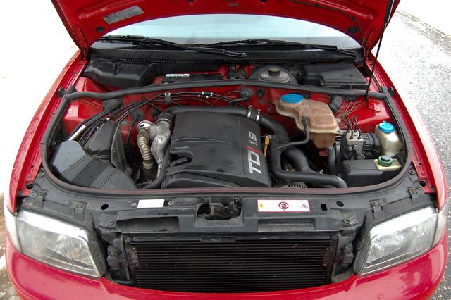 Totalcar - Tesztek - Hasznaltteszt: Audi A4 1.9 TDI (1996)