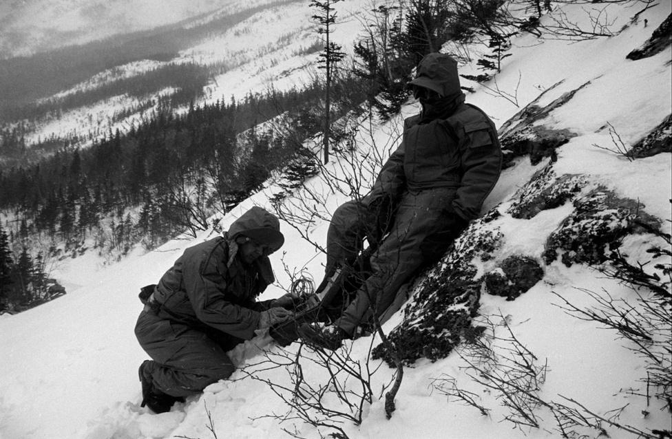 Ilyen hidegben nem a divat volt a legfontosabb a katonák és a kutatók számára, hanem a túlélés.