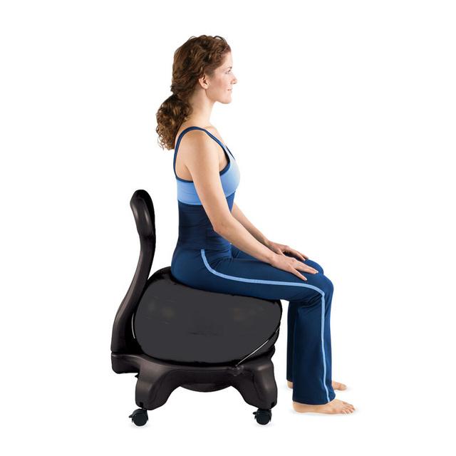 Az 51 cm átmérőjű szék, ami valójában egy görgőkkel ellátott szék keretbe helyezett felfújt labda tesztelése alatt az több teszter is megállapította, hogy testük nem illeszkedett tökéletesen a székbe, valamint voltak akik túl alacsonynak találták magát a keretet is.