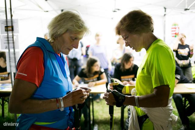 A tapasztaltabb nordic walkingozók tájékozódási versenyen vehettek részt.