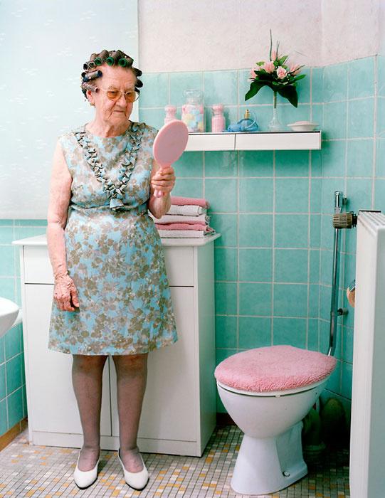 Különös és megható koncepióval rukkolt elő a közelmúltban a német fotós, Nina Röder.