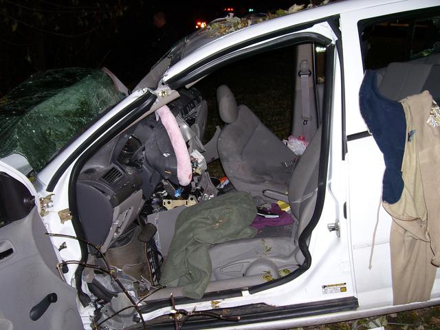 A tizenéves Amy Rademaker és Natasha Weigel 2006-ban veszítették életüket Wisconsinban. A Chevy Cobalt egyik légzsákja sem nyílt ki.
