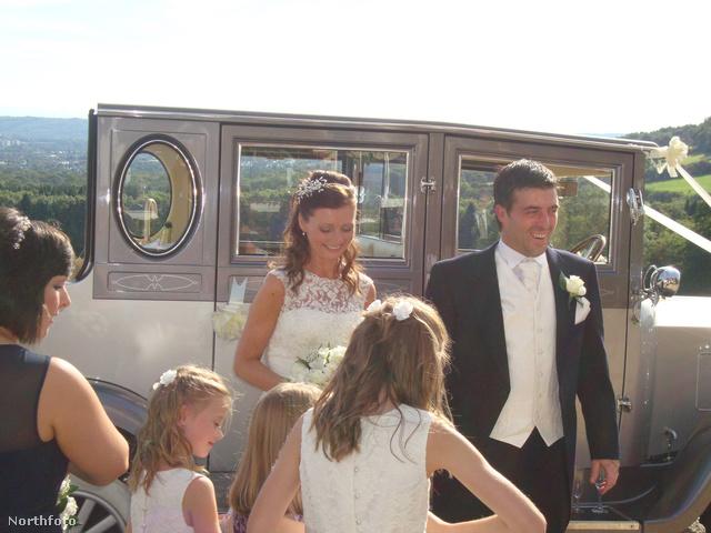 Három hónappal később az esküvőn