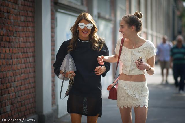 A fehér színek és a fémes árnyalatok is beépíthetőek a hétköznapi öltözködésbe.