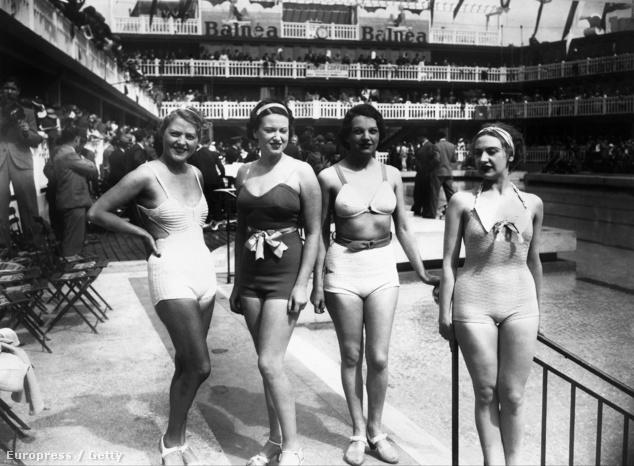 Fiatal nők a Molitor medencéjének partján 1935-ben