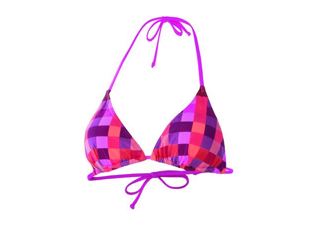 Az Intersportban nagyon szép, Firefly márkájú bikinik kaphatók - rengeteg más márka termékei mellett.