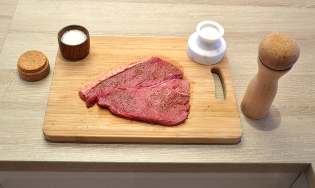 steak-1-dezeen 750