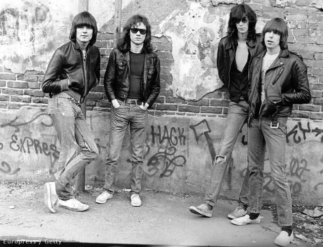 A Ramones alapító tagjai a hetvenes években