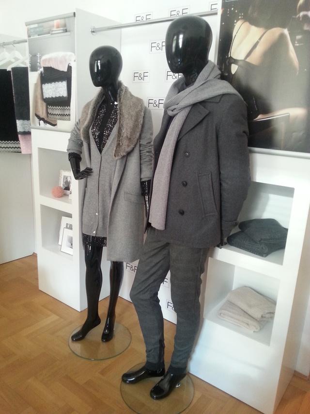 Az F&F showroomjában tekintettük meg az őszi-téli ruhákat.