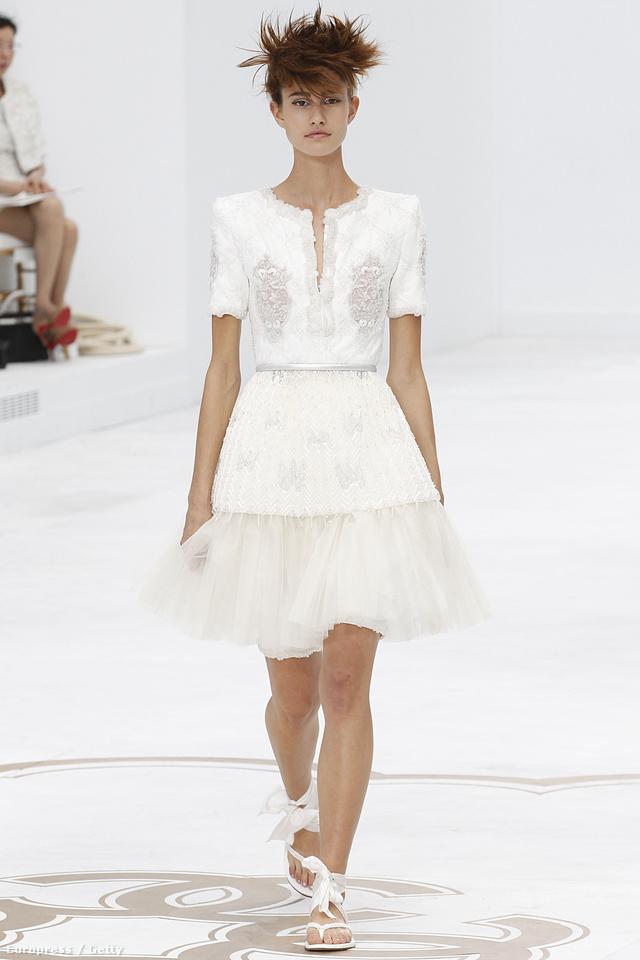 Nem vitás, hogy Karl Lagerfeld idén is lélegzetelállító gyűjteménnyel rukkolt elő.
