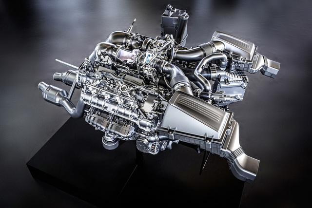 mercedes-amg-m178-twin-turbo-v-8-engine 100473996 h