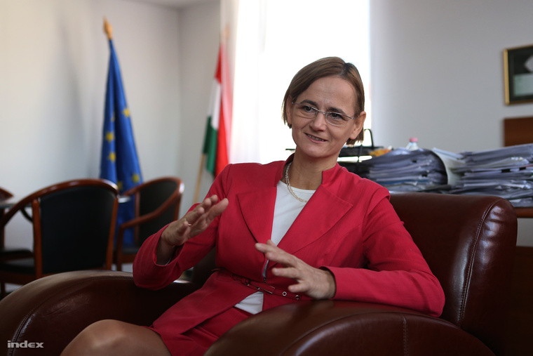 Győri Enikő
