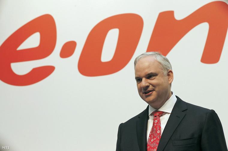 Johannes Teyssen az EON 2012-es eredményeit ismertető sajtóértekezleten Düsseldorfban